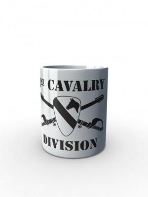 Bílý hrnek 1st Cavalry Division Sabres and Horse