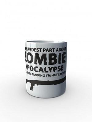 Bílý hrnek Zombie Apocalypse Shotgun Remington