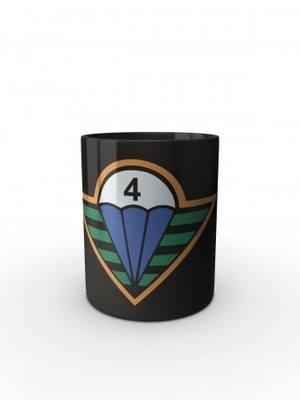 Černý hrnek CAF 4th Rapid Deployment Brigade