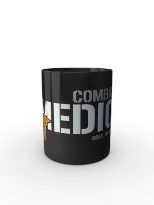 Černý hrnek Combat Medic - GOES TO PPVB