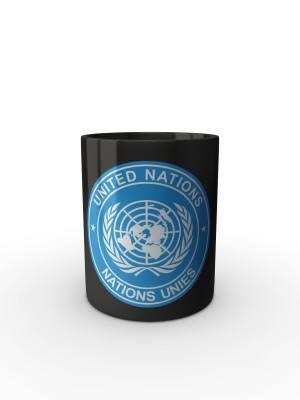 Černý hrnek UN
