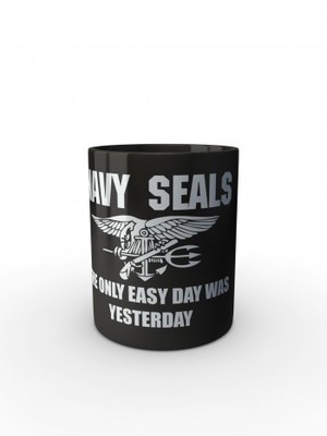 Černý hrnek United States NAVY SEALS The Only Easy Day Was Yesterday